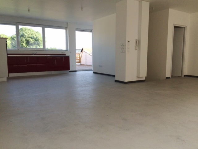 Vente strasbourg ouest 1 re occupation appartement 4 5 for Appartement avec patio